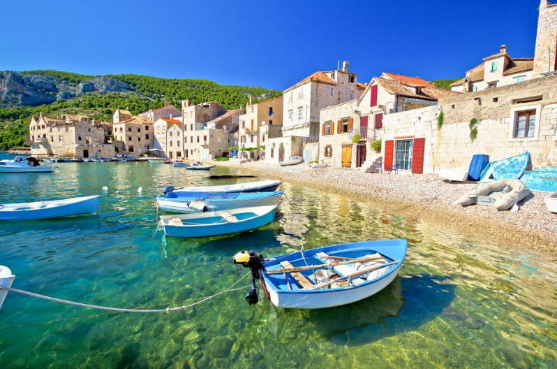 Beautiful fishing villages to explor